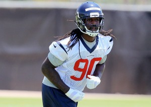 texans-signs-clowney