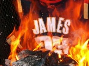 wews_LeBron-Jersey_01