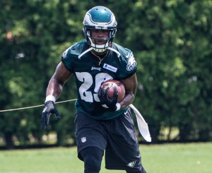 Will DeMarco Murray fill the void that LeSean McCoy left? (Photo from chatsports.com)