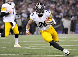 Le'Veon Bell looks to be a fantasy beast, yet again, in 2015 (Photo from kickoffcoverage.com)