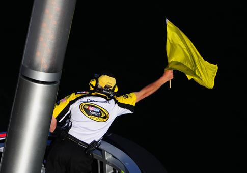 nascar-yellow-caution-flag
