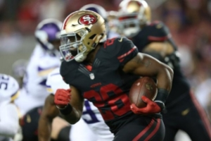 Carlos Hyde is poised for a bounce-back. (Image from sportsworldreport.com)